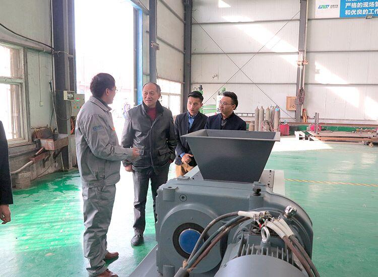 河南省江苏商会领导一行莅临洁普环保考察指导工作