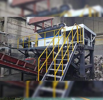 纸厂绞绳破碎机-大型双轴撕碎机